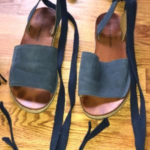 Lucky Brand Ankle Tie Flat with small heel size